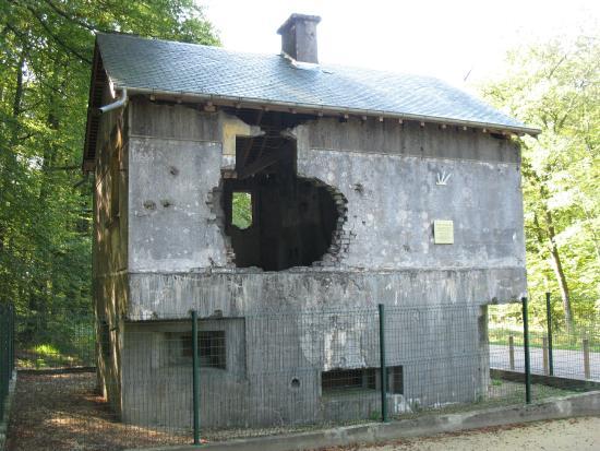 blockhouse.jpg